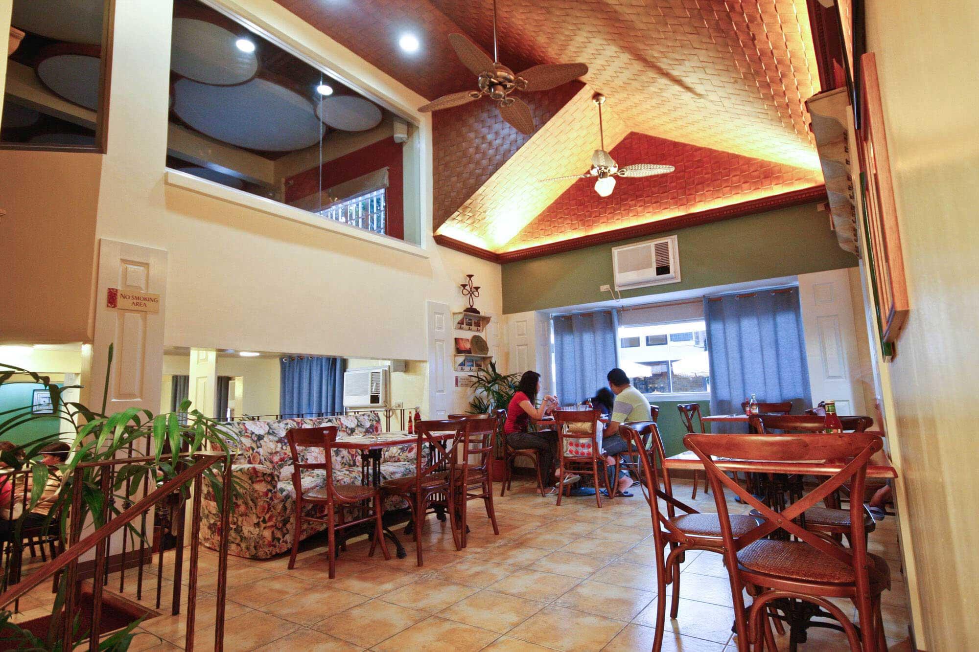 Red Platter restaurant interior